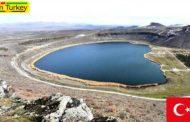 زیبایی خیرهکننده دریاچه «نارلی گول» در ترکیه