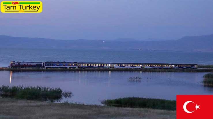 تجارت ایران و ترکیه به وسیله قطار با محدودیت ادامه دارد